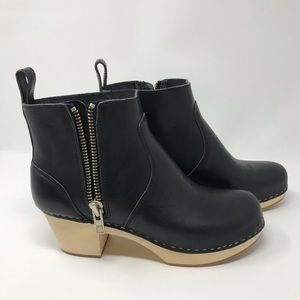Swedish Hasbeen Zip-It Emy Boot in Black